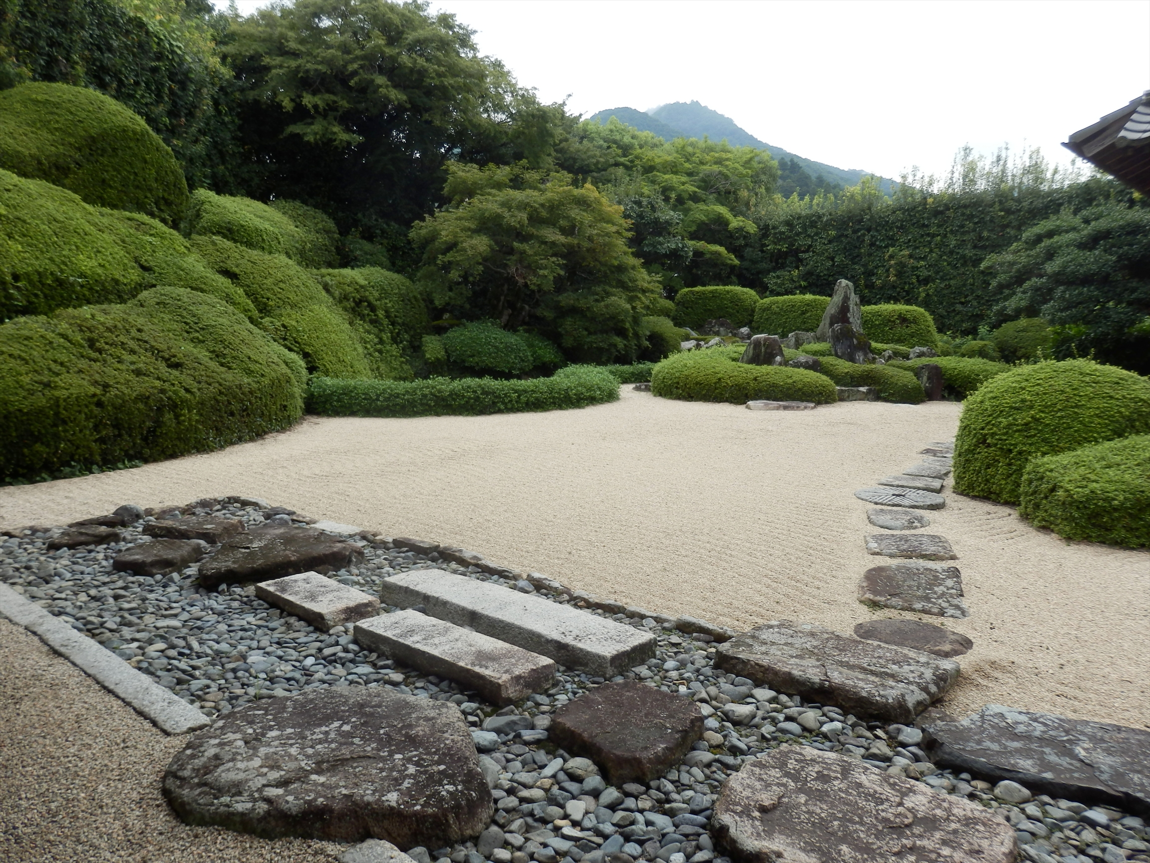 Japonia Hortuskey to understand the Japanese garden